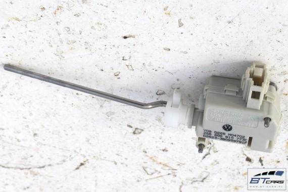 VW POLO SILNICZEK KLAPKI WLEWU 6Q6810773C // 9N
