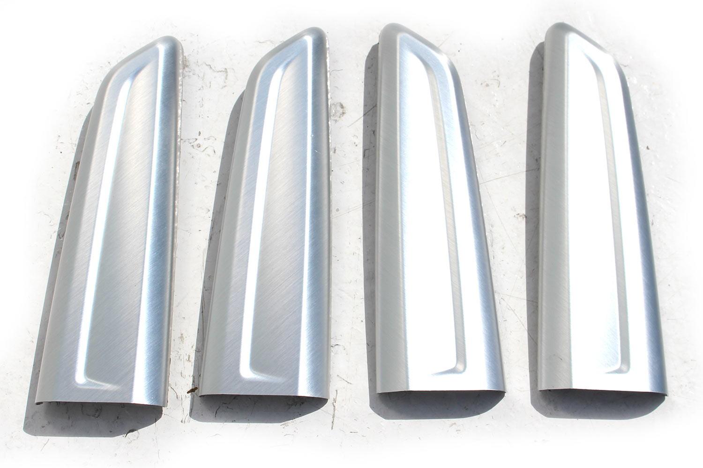 Audi Q2 Listwy Ozdobne Drzwi Dekory 81a867585a 81a867586a Komplet Listew Ozdobnych 1nk Srebrne Aluminium 81a 2016