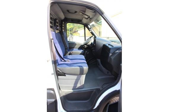IVECO DAILY S 14 S14 2.3 TDi 100Kw 136Km Max 303014 kilometrów 2006 rok do 3.5 tony Brutto sprzedam kupię samochód dostawczy